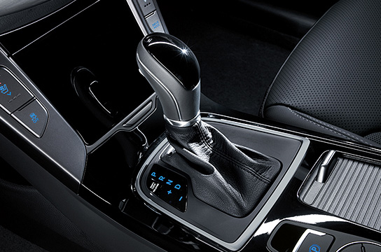 7-speed Double clutch transmission (DCT)